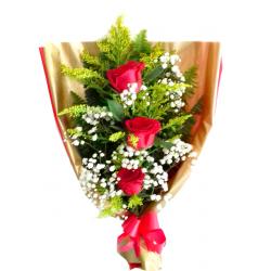 Ramalhete c/ 3 rosas