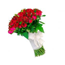 Exagerado de Amor 100 rosas